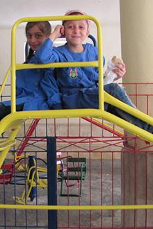 Crianças ainda podem estudar na síria