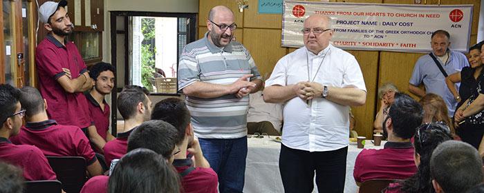 Pe. Halemba visita o Movimento Juvenil Ortodoxo