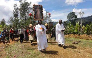 Ajuda para os padres de Papua Nova Guiné