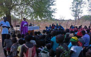 Fiéis católicos de Gambella, que caminhavam longas distâncias até Igreja Paroquial, tem sua própria Capela construída graças à ajuda da ACN.