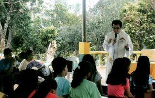 Formação e atividades com crianças da Diocese de São José, nas Filipinas