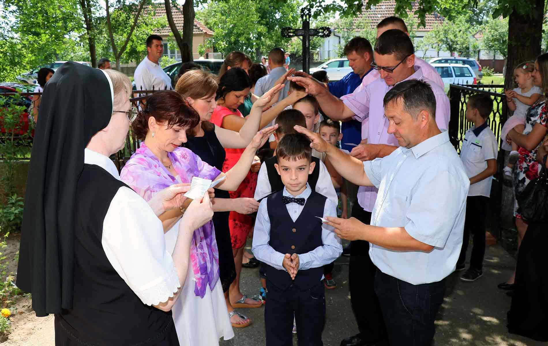 Colônia de férias para crianças pobres da Sérvia
