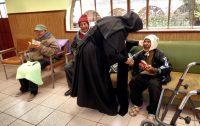 212 Irmãs religiosas cuidam de aproximadamente 2.100 idosos