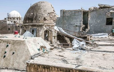 Telhados da catedral católica armênia no distrito do al-Telal em Aleppo