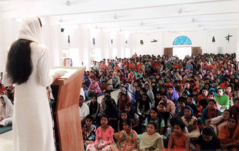 Ajuda adicional para a igreja destinada à fiéis católicos de Bangladesh