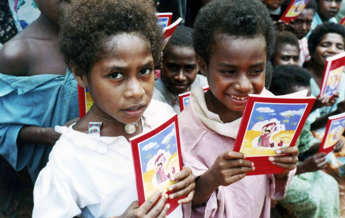 Best-seller global da ACN: Bíblia da Criança (Papua-Nova Guiné)