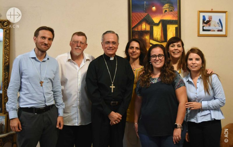 Nicarágua: Marco Mencaglia, Jacques Berset e outros