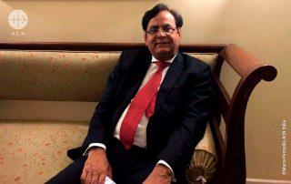 Saif Ul-Malook durante uma reunião com delegação da ACN, no Paquistão