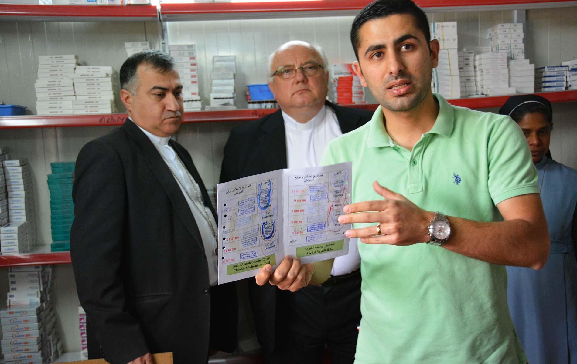 Visitação-Hospital-catolico-no-Iraque-leva-a-esperança
