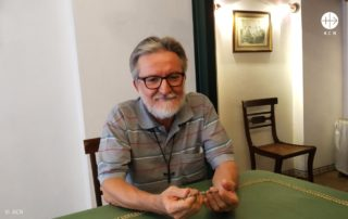 Padre Gigi Maccali